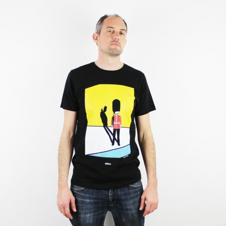 "Defeua® ""Soul Rebel"" ouststanding punk rebel tee with the Queen's Guard 100% organic cotton"